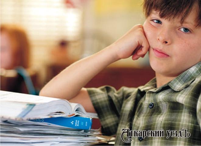 Названы факторы, плохо действующие науспеваемость ребенка вшколе
