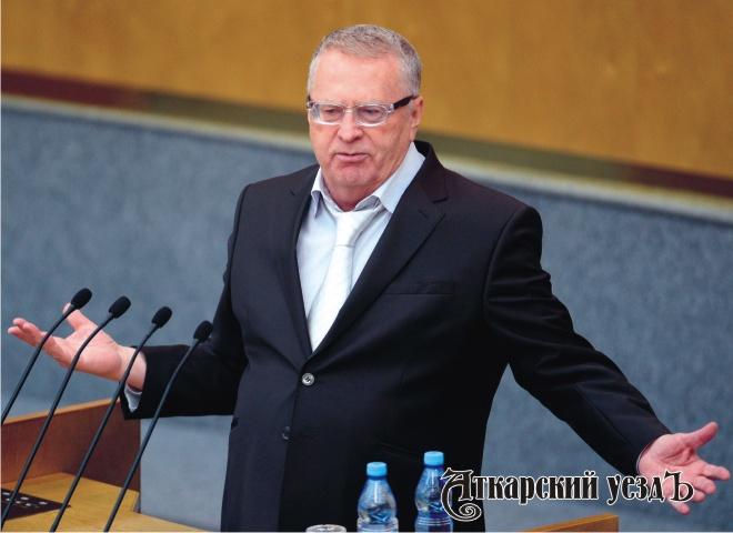 Жириновский пообещал разобраться с«надоевшими новогодними огоньками»