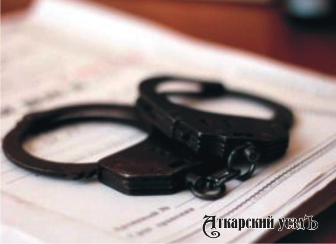Гражданин Озинского района изнасиловал 78-летнюю мать