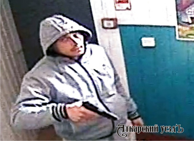 ВСаратовской области мужчина ограбил ломбард практически на2 млн руб.