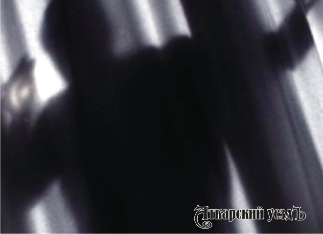 Нетрезвый молодой сельчанин ночью залез вдом кпенсионерке иизнасиловал ее