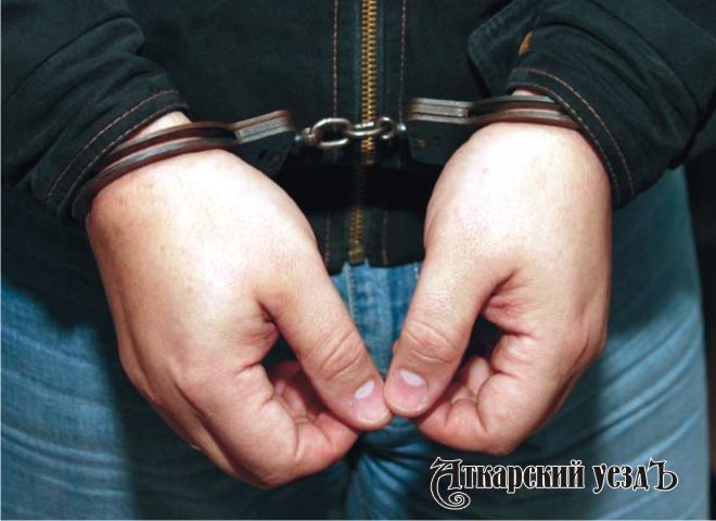 Саратовец зарезал мать и убежал сместа правонарушения