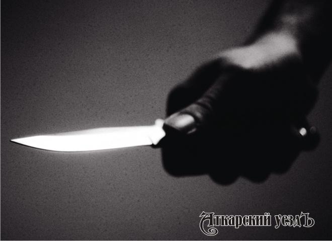 ВСаратове школьник пострадал от правонарушителя сножом вруках