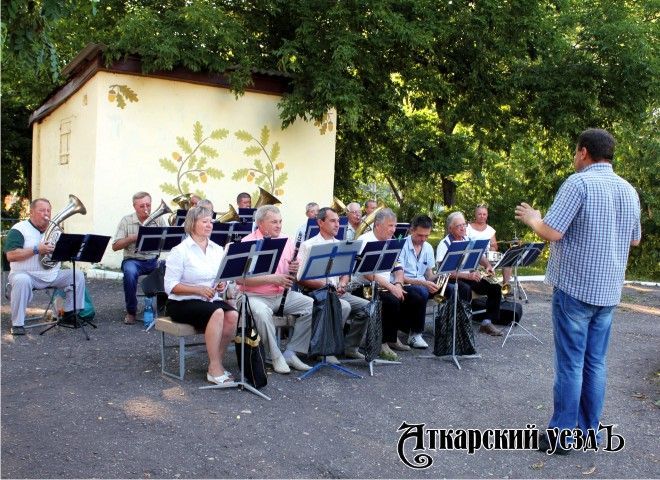 НаТеатральной площади Саратова состоится парад духовых оркестров