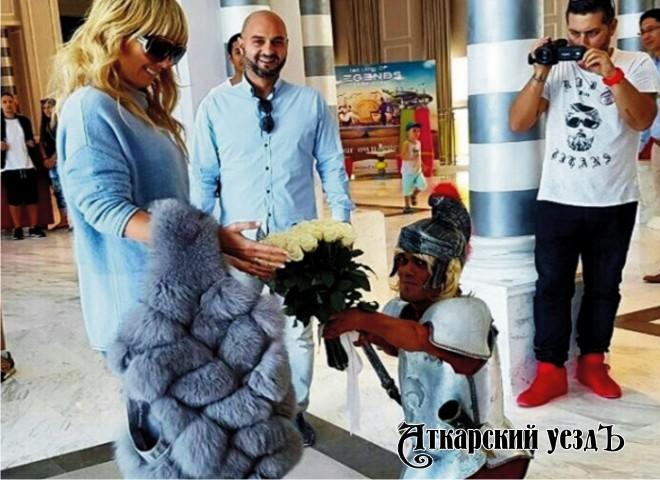Эстрадную певицу Валерию укачало наморе впроцессе съемок нового клипа
