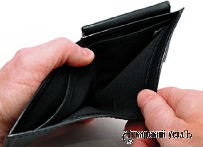 Подсчитано, сколько граждане Тверской области занимают «дозарплаты»