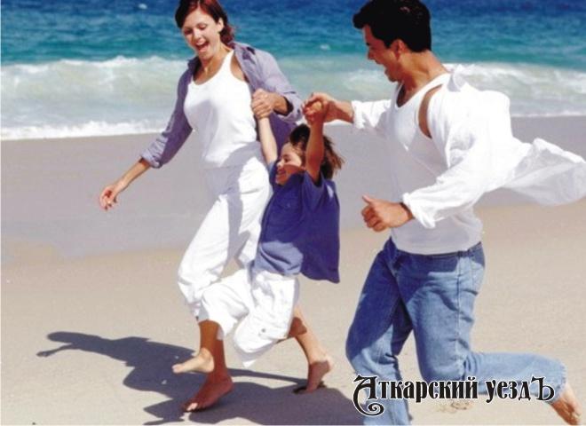 Дети изсчастливых семей сильнее вдальнейшем неменее верные партнеры