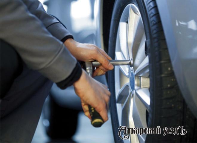 Эксперты узнали где российские автомобилисты переобувают машины