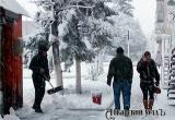 Аткарск в плену луж и снега. Уличный фоторепортаж