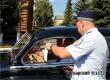 Автоинспекторы и молодежные активисты раздали водителям 50 памяток «Автокресло – детям»