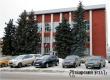 Полицейские установят причину поврежденного в Аткарском горсуде окна