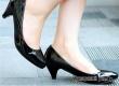 Врачи рекомендуют дамам каблуки вместо балеток