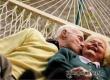 Сексуальная активность опасна дедушкам и полезна бабушкам