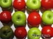 Ученые определили фрукт и овощ, которые помогают здоровью курильщиков