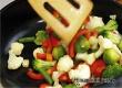 Эксперты поведали о продуктах, которые нельзя жарить и варить