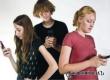 Специалисты: привычка часто проверять телефон приводит к сбоям в организме
