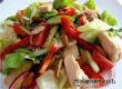 Рецепт дня от «АУ»: летний салат с курочкой и помидором