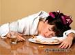 Недостаток сна мешает людям правильно выбирать продукты питания