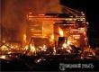В селе под Аткарском ночью полностью сгорел деревянный дом
