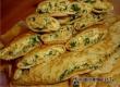 Рецепт от «АУ»: конвертики из блинов с начинкой из зелени и сыра