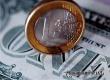 Курсы евро и доллара перешагнули психологически важные отметки