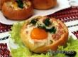 Рецепт дня: булочки-конопушки с ветчиной и перепелиными яйцами