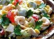 Салат с креветками, яйцами и оливками – рецепт дня от «Уезда»