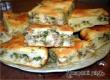 Рецепт дня от «Уезда»: быстрый пирог с рыбой и зеленым луком