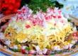Рецепт от «АУ»: салат с грибами и крабовыми палочками