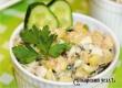 Рецепт дня от «АУ»: нежный картофельно-ореховый салат с тунцом