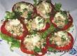 Закуска из тунца с яйцом на помидорах – рецепт дня от «АУ»