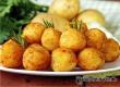 Картофельные шарики с сыром – рецепт необычного гарнира от «АУ»
