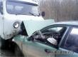 В Аткарске лоб в лоб столкнулись УАЗ-«буханка» и легковая машина