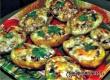 Лодочки из картофеля с сыром и ветчиной – рецепт дня от «АУ»