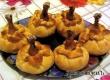 Куриные ножки в мешочке с картошкой и грибами – рецепт дня «АУ»