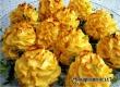 Розочки из картофеля с чесноком – рецепт дня от «Уезда»