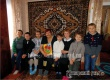 В Кочетовке дети навестили пожилых людей, которые не могут выйти из дома