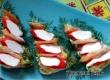 Новогодние бутерброды «Елочки» – рецепт дня от «Уезда»