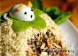 Новогодний салат с курицей «Мышата» – рецепт дня от «Уезда»