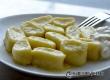 Быстрые ленивые вареники из творога с манкой – рецепт дня от «АУ»