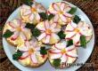 Бутерброды с крабовыми палочками, сыром и яйцом – рецепт дня от «АУ»