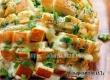 Рецепт дня от «Уезда»: хлебная закуска, запеченная с сыром